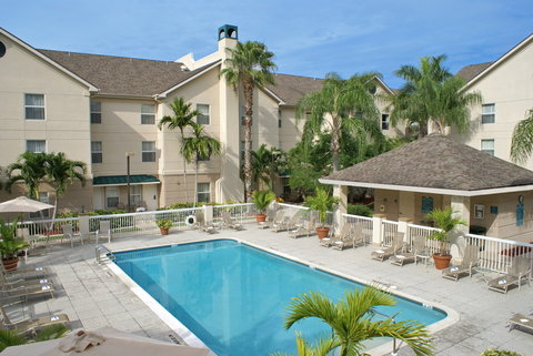 Homewood Suites by Hilton Fort Myers - Pool