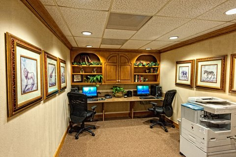Homewood Suites by Hilton Fort Myers - 24 Hr Business Center