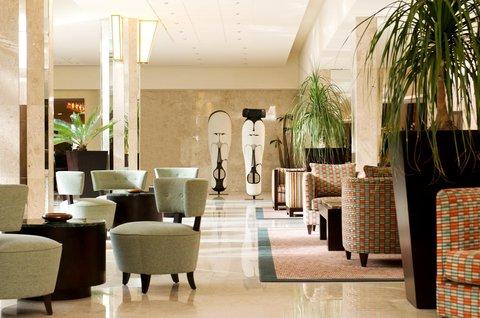 Le Meridien Le President Hotel - Hotel Lobby