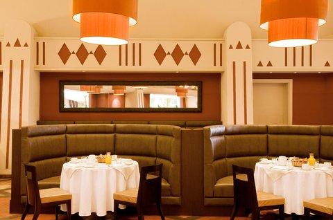 Le Meridien Le President Hotel - Restaurant