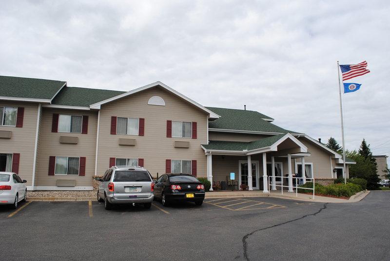 Country Inn Northfield - Northfield, MN
