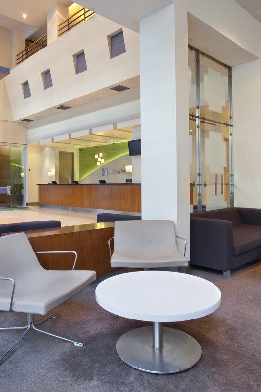 Holiday Inn ON FLINDERS MELBOURNE Lobby