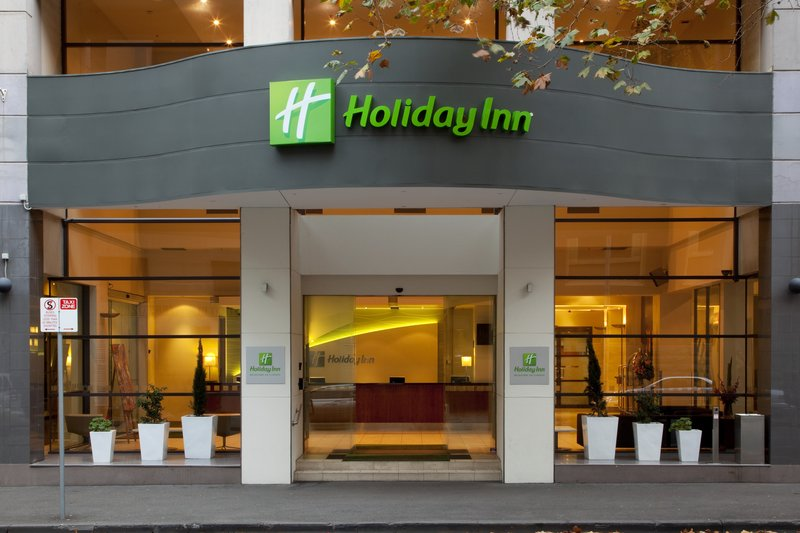 Holiday Inn Melbourne On Flinders Vista exterior