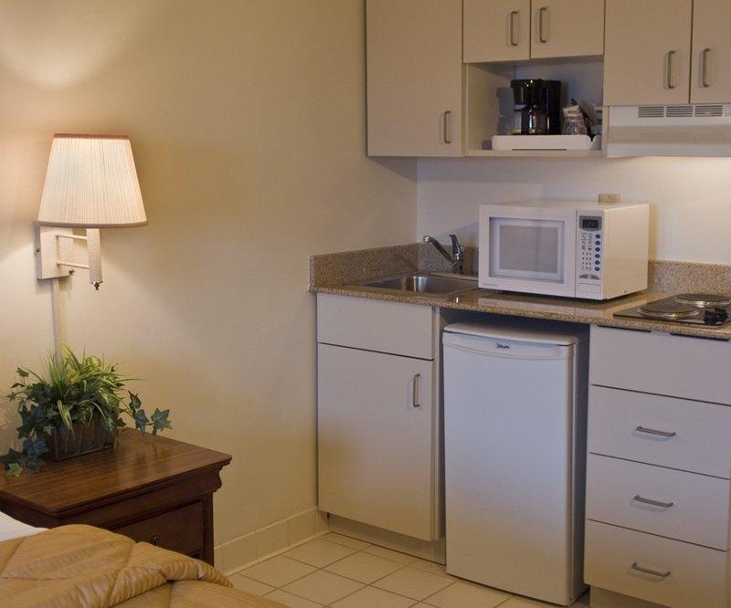 Comfort Inn & Suites Airport North - Atlanta, GA
