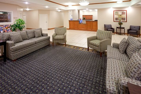 Candlewood Suites LONGVIEW - Hotel Lobby