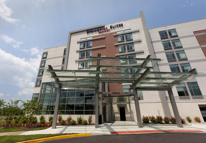 SpringHill Suites Alexandria Tech Center 外観
