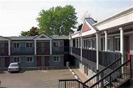 Carlton Inn Midway - Chicago, IL