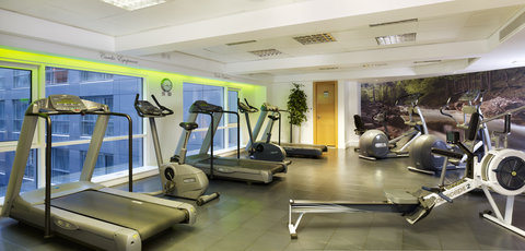 Plaza on the River, London - Fitness Room
