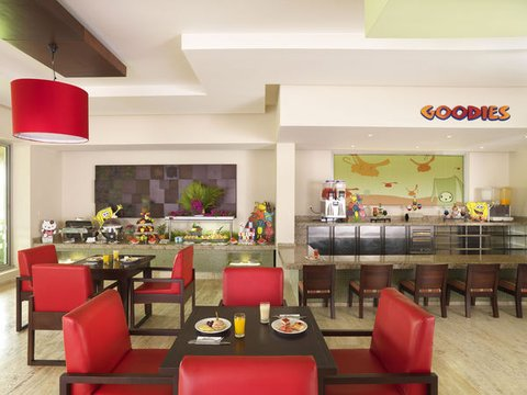The Reserve At Paradisus Palma Real Resort All Inclusive - Normal PPalma Real Th RKids Zone Mini Buffet