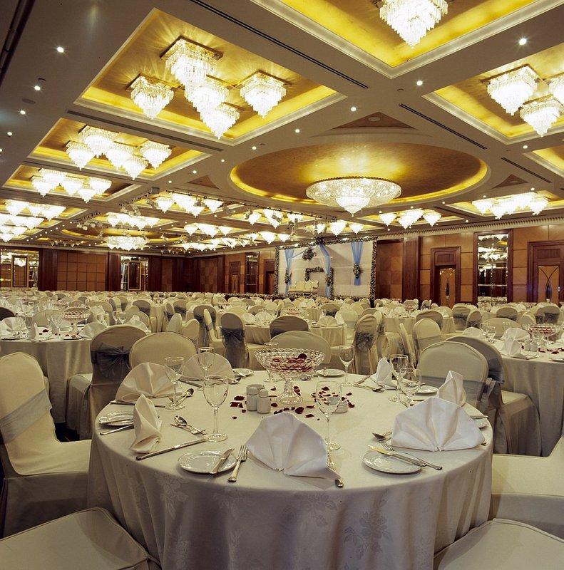 Radisson Blu Hotel, Dubai Deira Creek Конференц-зал