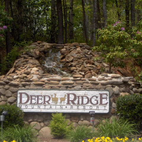 Deer Ridge Mountain Resort - Sign