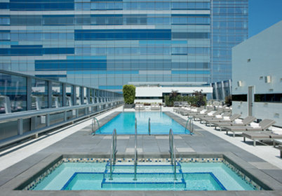 The Ritz-Carlton, Los Angeles Poolansicht