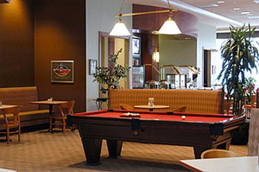Metropolitan Hotel - Romulus, MI