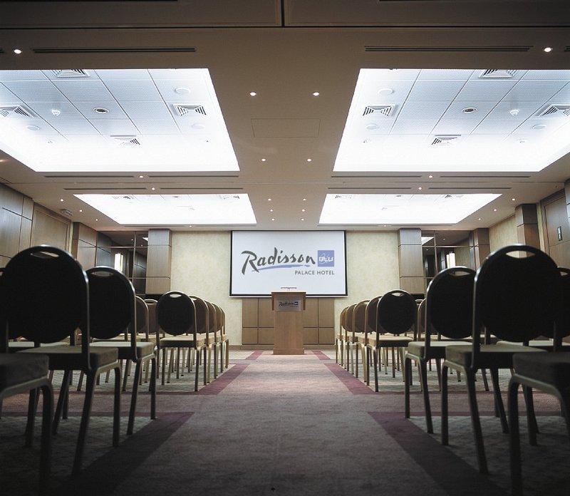 Radisson Blu Palace Hotel, Spa Salle de conférence