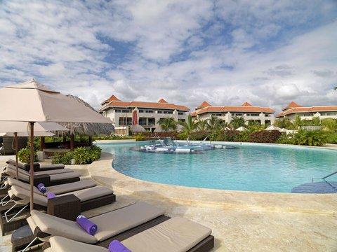 The Reserve At Paradisus Palma Real Resort All Inclusive - Normal PPalma Real Th RMain Pool Beds