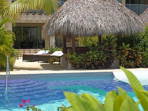 The Reserve At Paradisus Palma Real Resort All Inclusive - Normal PPalma Real Th RSwimup Ext Close
