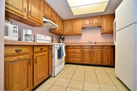 BEST WESTERN Pecos Inn - Kitchen