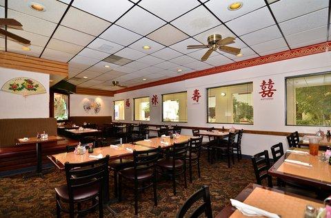 BEST WESTERN Pecos Inn - Breakfast Area