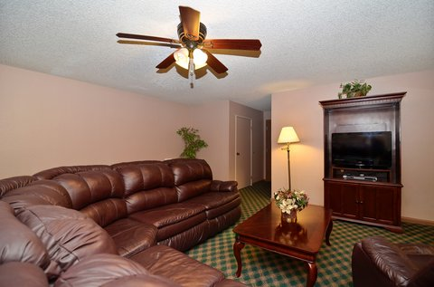 BEST WESTERN Pecos Inn - King Suite