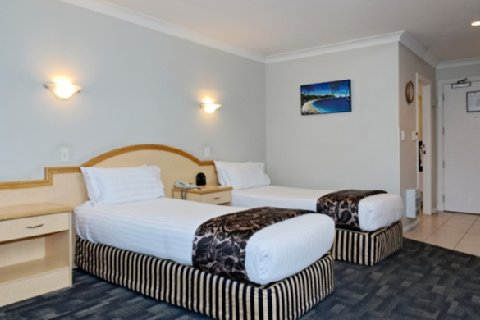 Amora Hotel Auckland - Deluxe Twin King Single