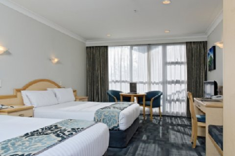 Amora Hotel Auckland - Deluxe Twin Room