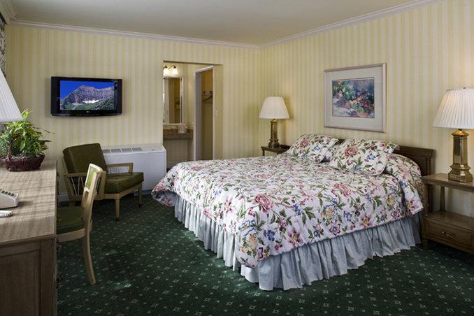 Little America Hotel - Little America, WY