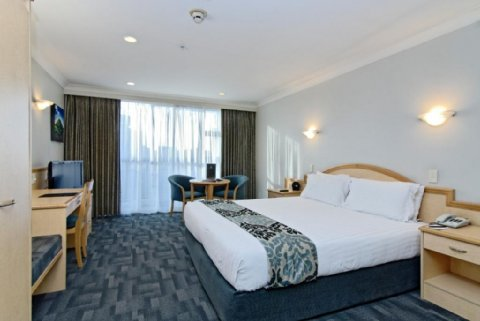 Amora Hotel Auckland - Deluxe King Room