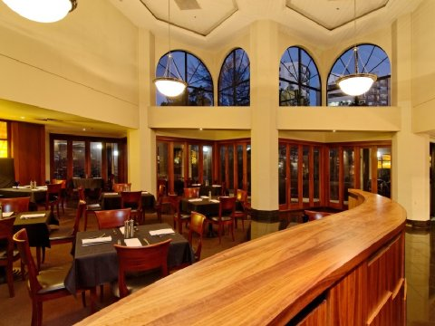 Amora Hotel Auckland - The Grill Restaurant Dining Room