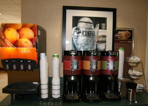 Hampton Inn Naples - I-75 Hotel - Coffee and Juice