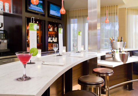 Courtyard Fresno - Bistro Bar