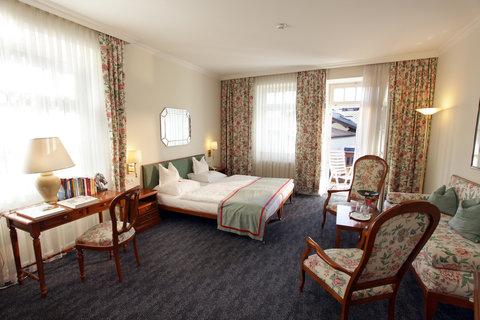 Romantik Hotel Im Weissen Roessl - DOUBLE ROOM BALCONY