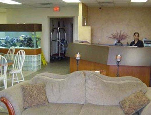 Emerald Coast Inn & Suites - Fort Walton Beach, FL
