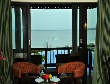 Ramada Resort Cochin - Cottage Room