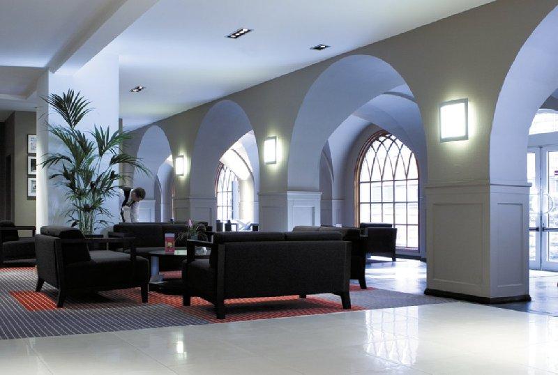 Radisson Blu Hotel Edinburgh Lobby