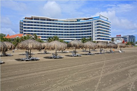 Las Americas Torre del Mar - Fachada Playa