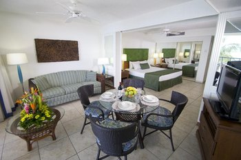 Flamingo Beach Villas - Room