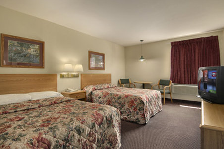 Red Roof Inn - Saint Robert, MO