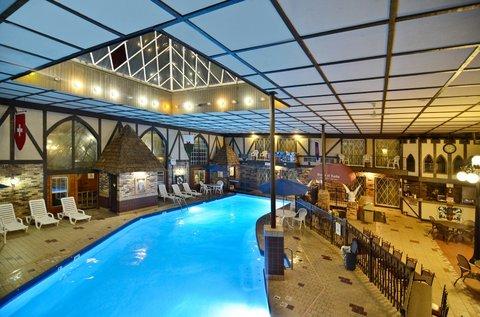 BEST WESTERN Cantebury Inn & Suites - Pool