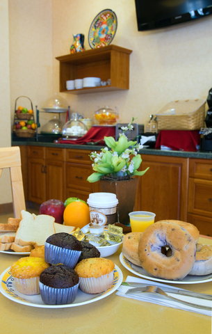 Old Town Inn - Our Continental Breakfast