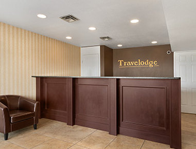 Kamloops Travelodge Mountview Vista exterior