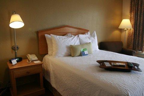 Hampton Inn Columbus - Double Bed