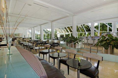 Hyatt Regency Pier Sixty-Six - Lounge VHT 0911