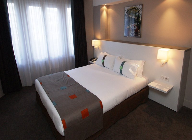 Holiday Inn Garden Court Paris-Auteuil Widok pokoju