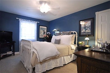 The Ruby of Crested Butte - guestroom