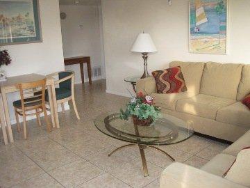 Sandy Shores Motel - Living Area