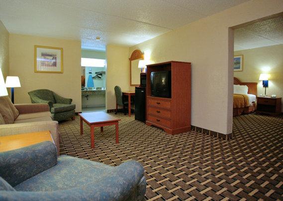 Quality Inn & Suites Riverfront - Palatka, FL