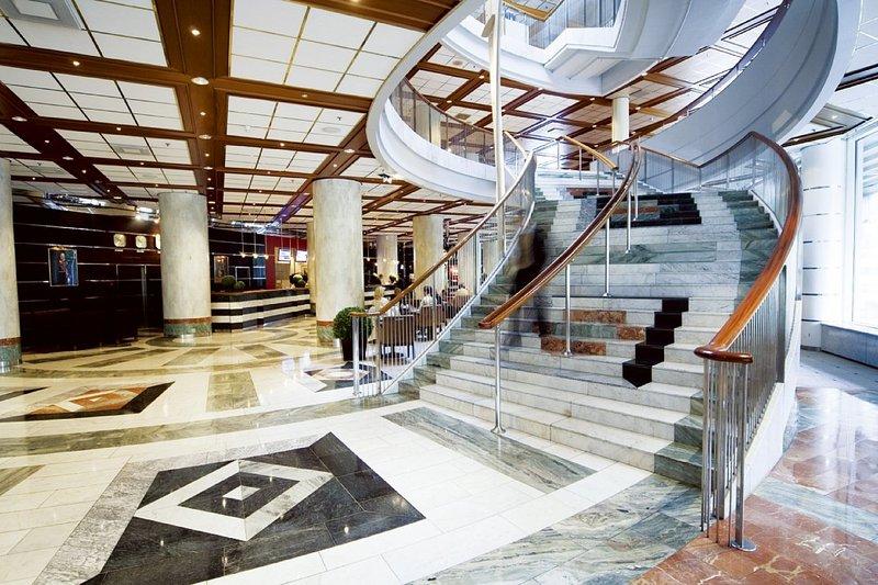 Radisson Blu Plaza Hotel Oslo Lobby