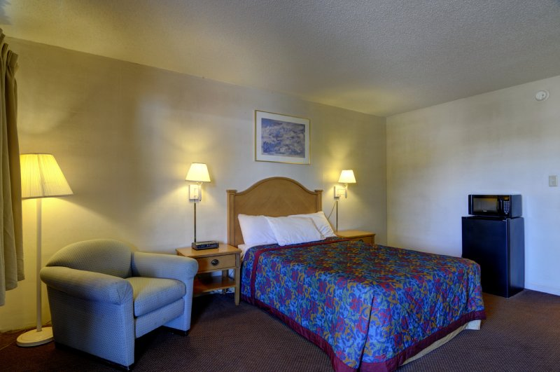 Americas Best Value Inn - Barrington, IL