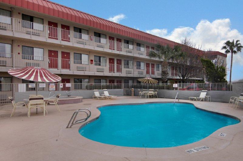 Red Roof Inn - Corpus Christi, TX