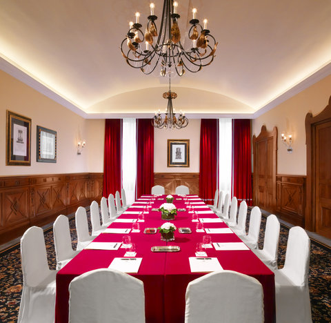 The St. Regis Florence - Meeting Room